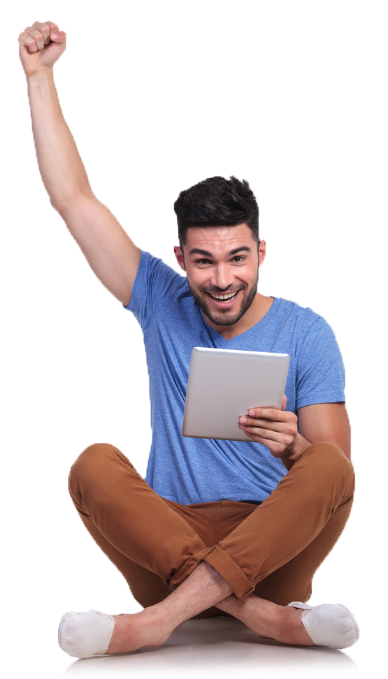 Asistente Virtual hombre sentado feliz con laptop